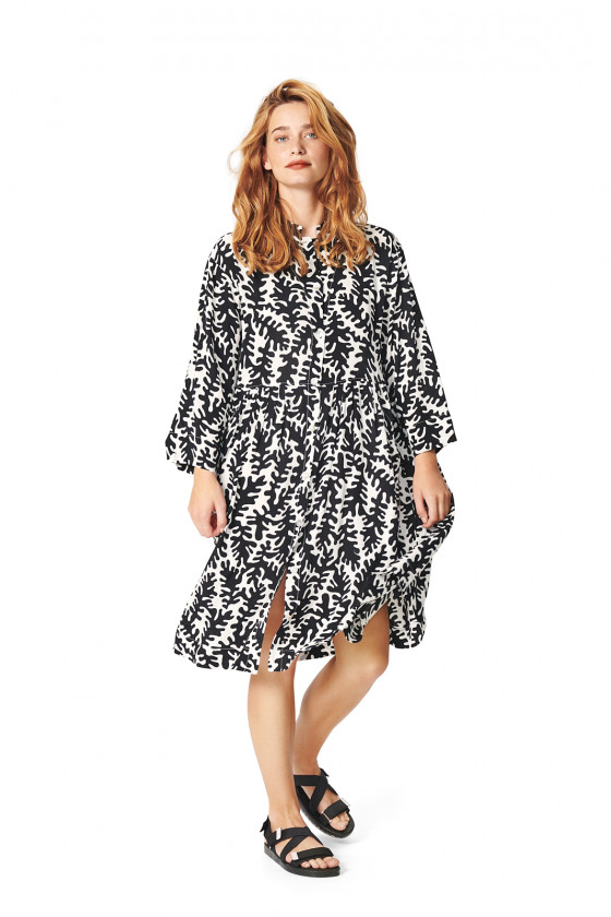 GRAPHIC LEAVES DRESS